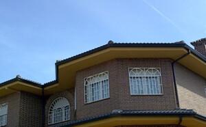Empresa de instalación de canalones en Madrid
